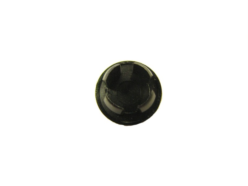 127-28 - PLUG, NYLON-BLACK .5 HOLE SIZE