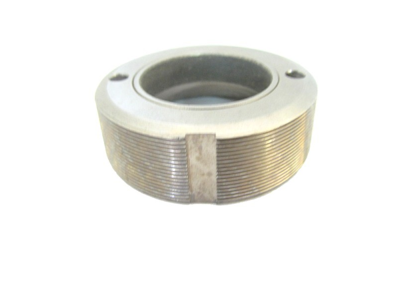 V111  BUSHING, THREADED